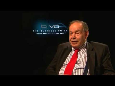 Innovation Video: Edward de Bono on Innovation vs Creativity